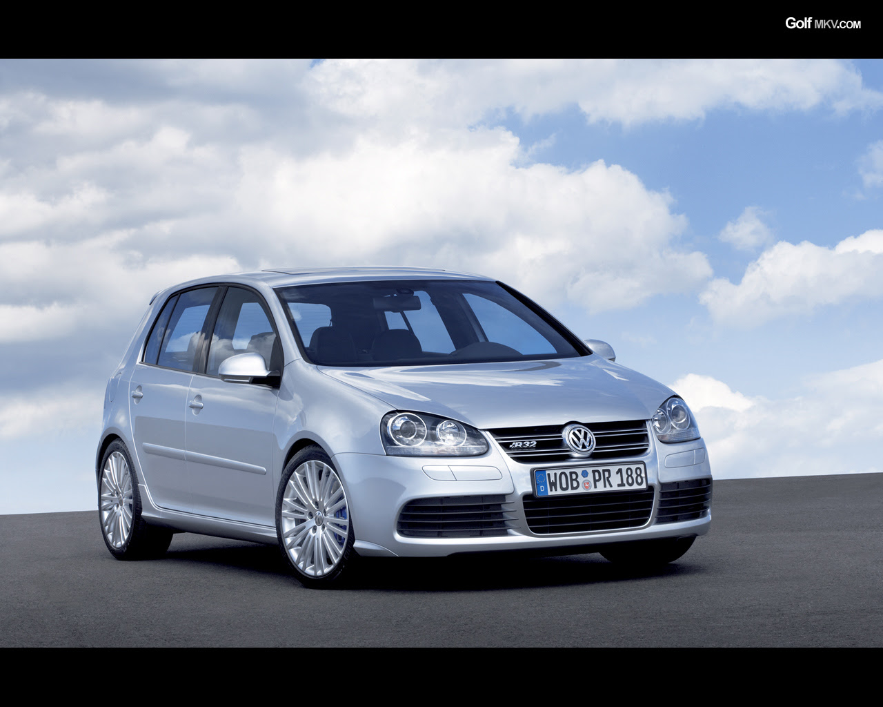 2007 VW R32 MkV. go back