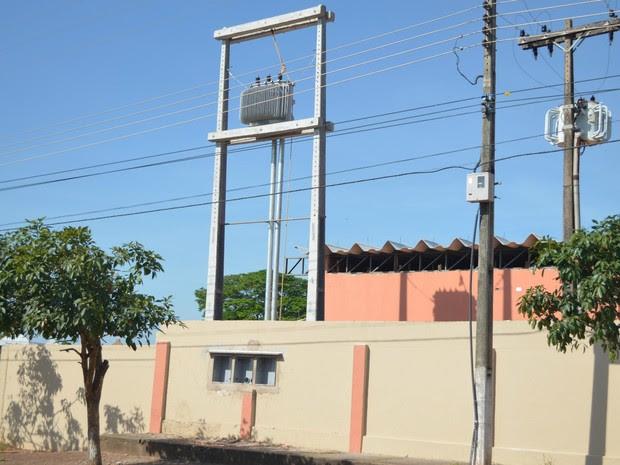 Escola Estadual Carlos Gomes em Cacoal (Foto: Magda Oliveira/G1)