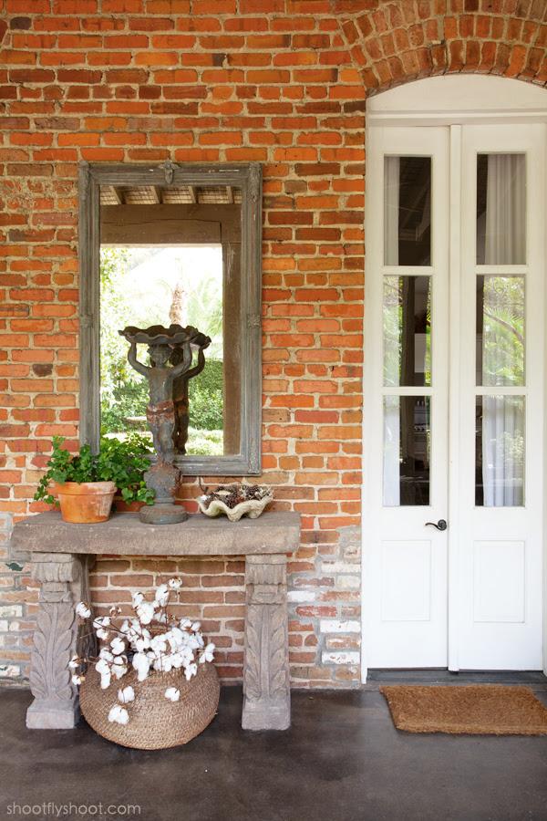 Atchison Αρχική | Εξωτερική Living Room | Παλιά Πόρτες