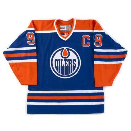 Edmonton Oilers 83-88 jersey photo Edmonton Oilers 83-88 F.jpg