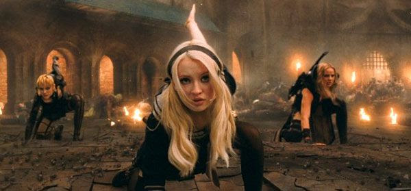 Emily Browning, Abbie Cornish and Jena Malone prepare for action in SUCKER PUNCH.