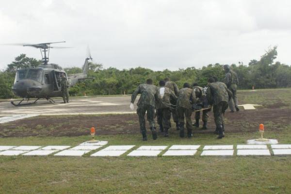 Remoção da vítima até helicóptero de resgate