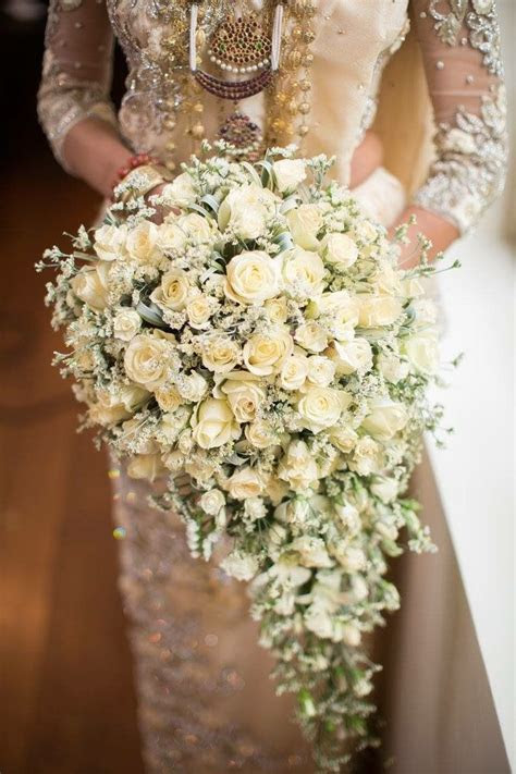 Pin by SonaliNFdo on Brides in 2019   Bride flowers