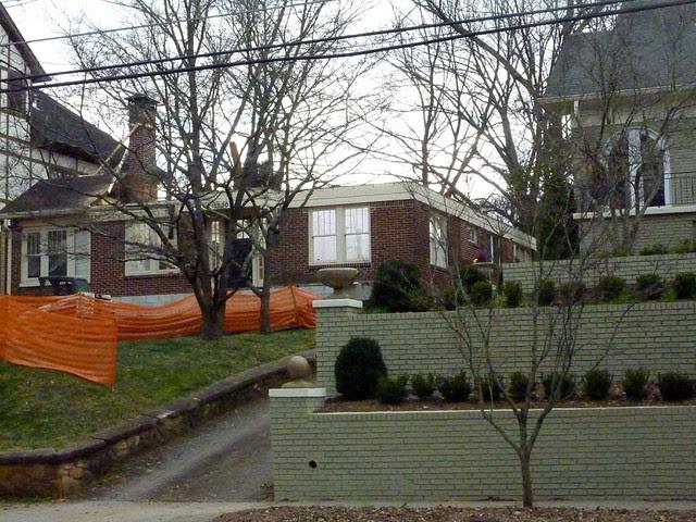 P1040101-2012-01-16--1330 Lanier-Boulevard-Poptop-WIP-roof-off