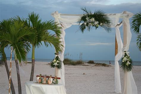 Beach Weddings   Tampa Wedding Planner   Tampa Bay Event