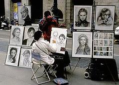 Seorang Pelukis Jalanan di La Rambla, Barcelona, Spain