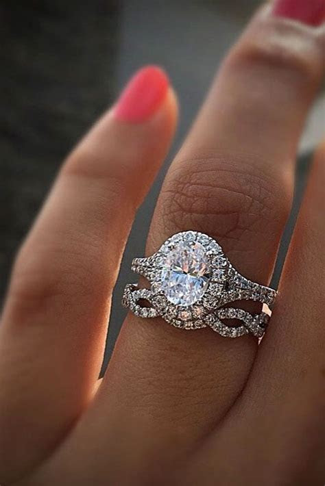 Best 25  Unique wedding rings ideas on Pinterest   Diamond