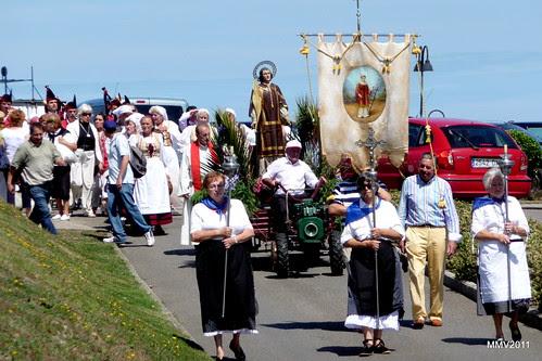 procesión de san lorenzo en la providencia de gijón