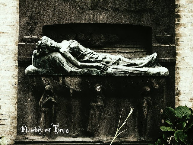Venice, San Michele cemetery reclining Gibson girl