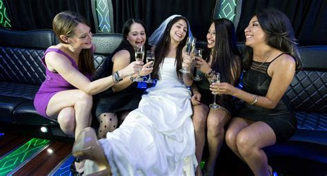 Las Vegas Wedding Party Bus Rental For The Big Day At A