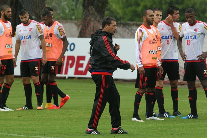Luxemburgo, treino Flamengo (Foto: Gilvan de Souza / Flamengo)