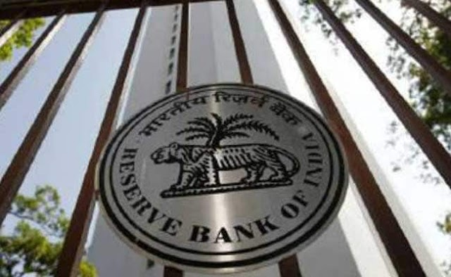 Accept Rs 500, Rs 1,000 Notes Only After Careful Scrutiny: RBI