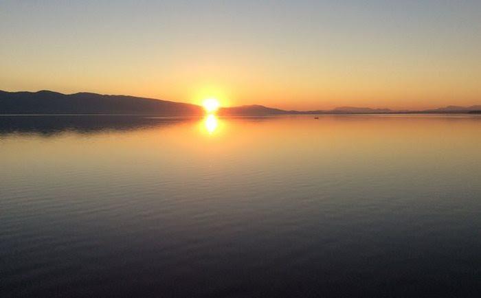 Είναι η μεγαλύτερη λίμνη στην Ελλάδα αλλά παραμένει άγνωστη στον περισσότερο κόσμο