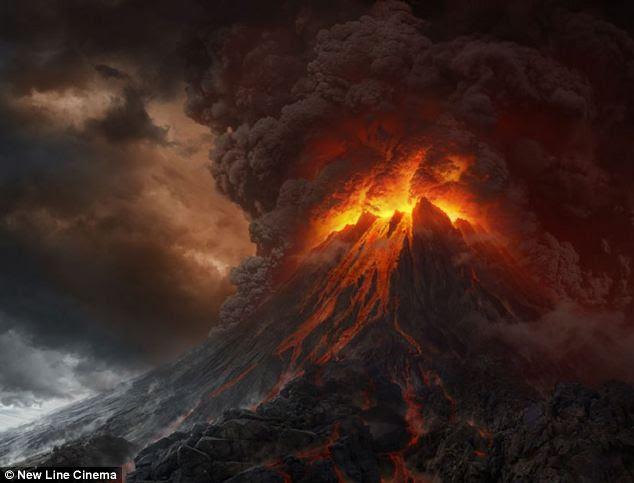 Abismo flamejante: O diretor Peter Jackson usou Mount Ruapehu e na vizinha Monte Ngauruhoe para retratar Perdição em O Senhor dos Anéis