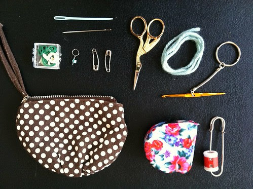 Inside my mini knitting kit