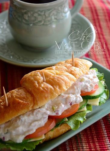 rsz_croissant_tuna_sandwich (1)