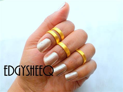 Bright Gold Smooth Band, Above Knuckle Ring, Adjustable