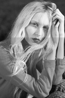 photo iris-anna-sofia-profile_zpsmv3rf6ff.png