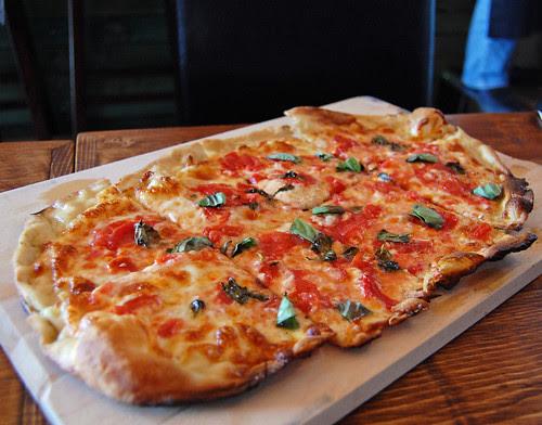 el Sarmiento pizza