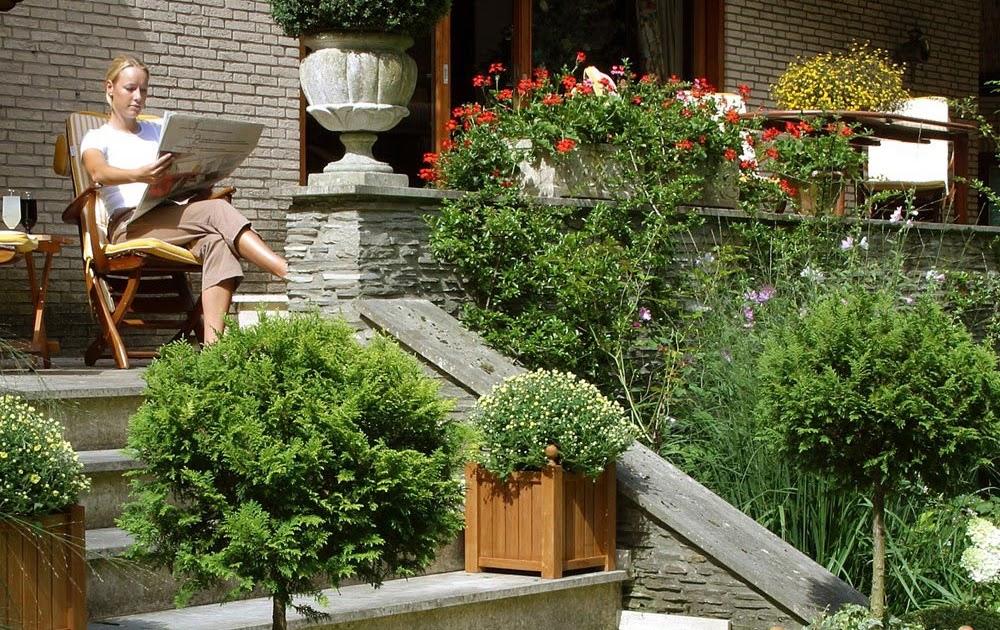 Amenager Ma Maison Pratiques Ces Jardini Res En Bois Exotique