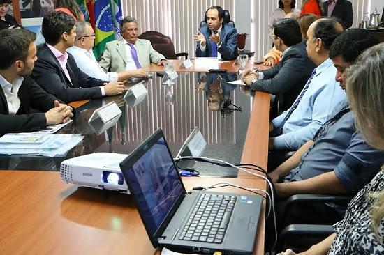 Governo recebe da CBTU projeto de expansão da linha férrea na região metropolitana