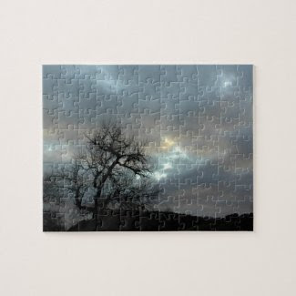 Puzzle: Bare Oak in Winter under Stormy Sky Jigsaw Puzzles
