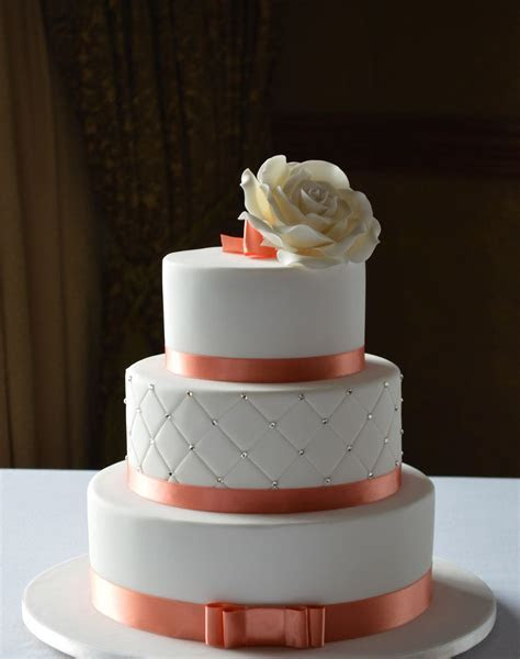 AB FAB Cakes   Wedding Cakes Richmond   Easy Weddings