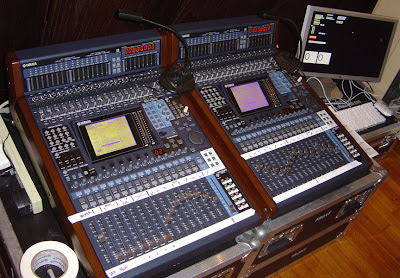 Hydra mixing consoles