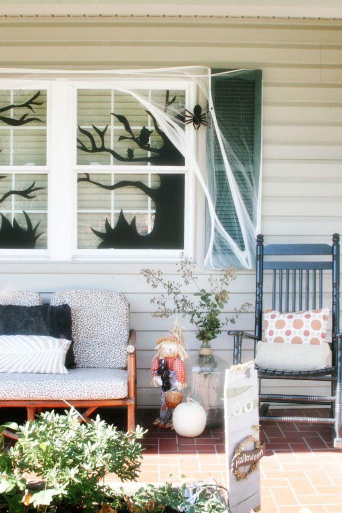 spooky-halloween-decorations-craftivity-designs-window DIY halloween decorations