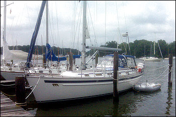 """Walter Kendall Myers and his wife, Gwendolyn, allegedly told an undercover FBI agent that their hope was to take their yacht to Cuba, """"to sail home."""""""