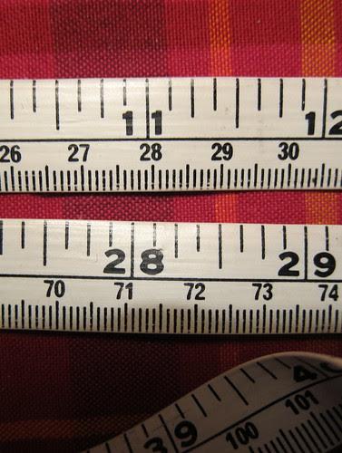 28 cm ja 28 tuumaa