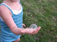 Belle holding bubble