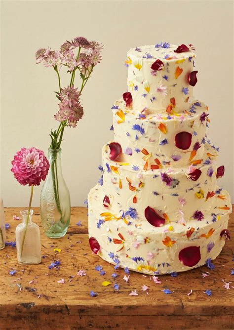 Edible Flowers for Wedding Cakes