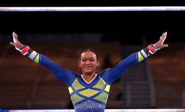 É prata! Rebeca Andrade faz história na ginástica artística em Tóqui
