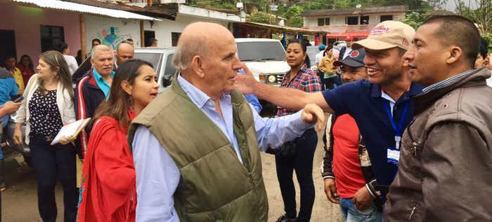 Alcalde Armitage le madrugó por segunda ocasión a los habitantes de Villacarmelo