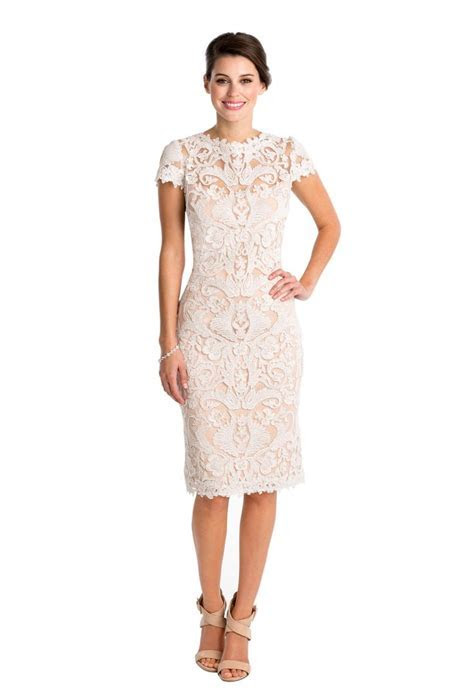 1000  ideas about Short Lace Dress on Pinterest   Lace