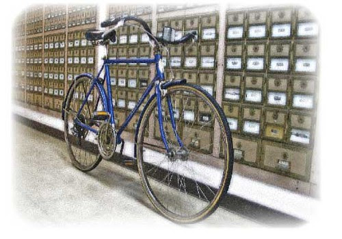 Suburban at post office.12.23.07