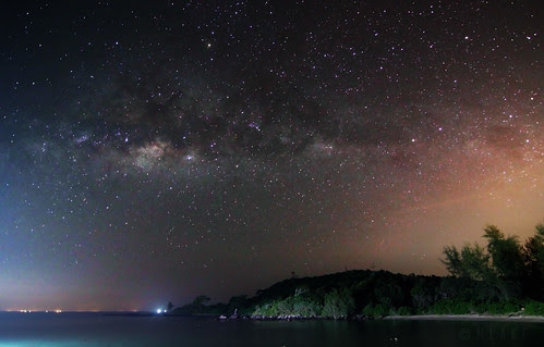 Light pollution by mohdalfishahrin.blogspot.com