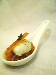Huevo de codorniz escalfado con migas y panceta iberica Balneario Termas Pallarés La Gastroteca