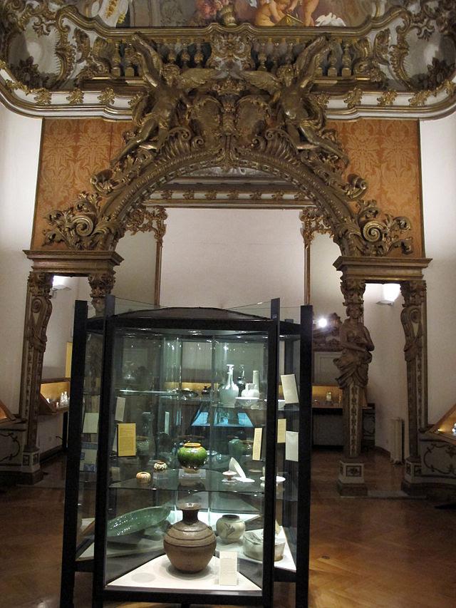 Palazzo brancaccio alkov 03.jpg