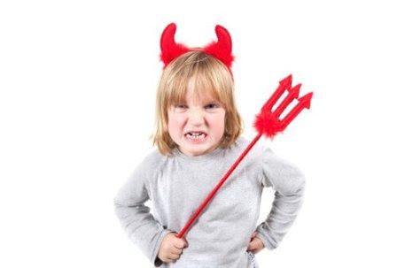 Los buenos modales en los niños como enseñarlos y ponerlos en práctica