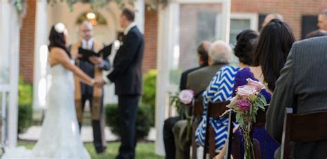 Wedding Officiants, Wedding Ministers   Ceremony Officiants