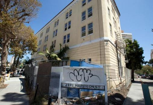The former Lake Merritt Lodge on Harrison Street now serves as a dormitory for graduate students at Hult Business School in San Francisco. (D. Ross Cameron/Bay Area News Group)