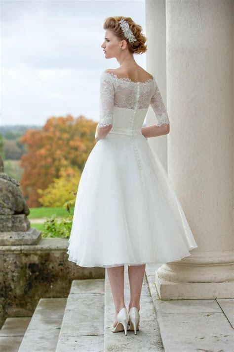 Short and Tea Length Wedding Dresses : Tea Length Bridal