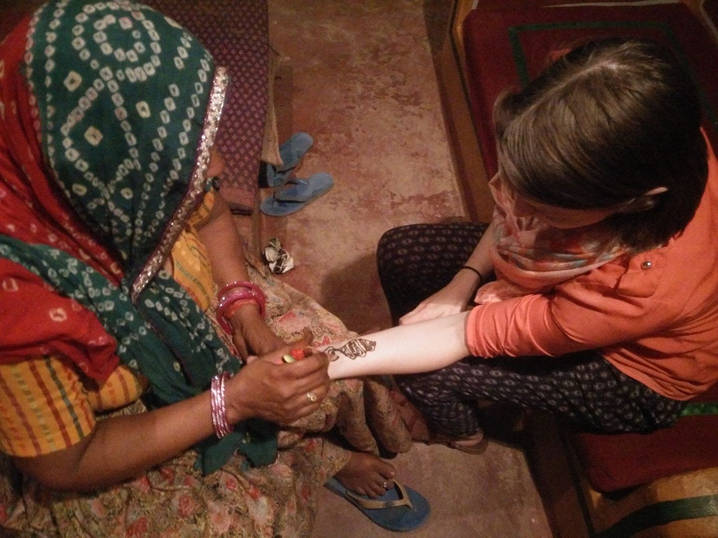 Henna (Mehndi) at Chokhi Dhani in Jaipur photo IMG_20150508_215917_zpsdk04lksg.jpg