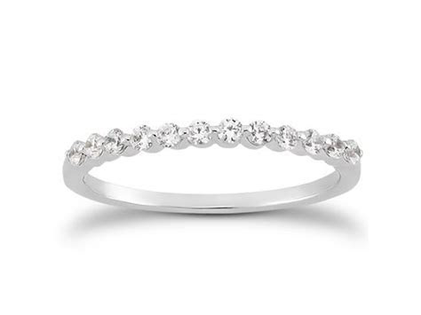 Single Shared Prong Diamond Wedding Ring Band in 14k White