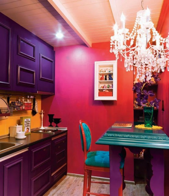 17 Awesome Bold Décor Ideas For Small Kitchens - DigsDigs