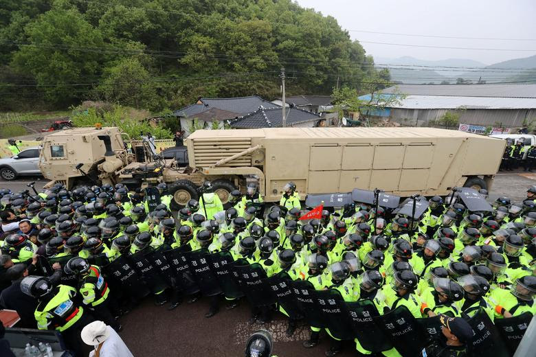 A U.S. military vehicle which is a part of Terminal High Altitude Area Defense (THAAD) system arrives in Seongju, South Korea, April 26, 2017. Kim Jun-beom/Yonhap via