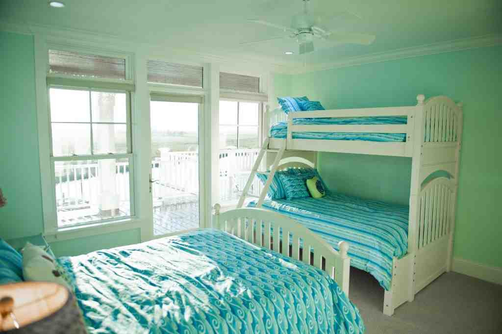 Top Photo of Mint Green Bedroom   Taylor Cole