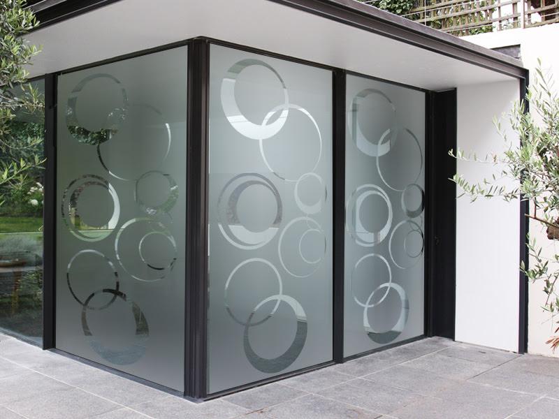 C mo decorar la casa vinilos en cristales - Cristales para paredes ...